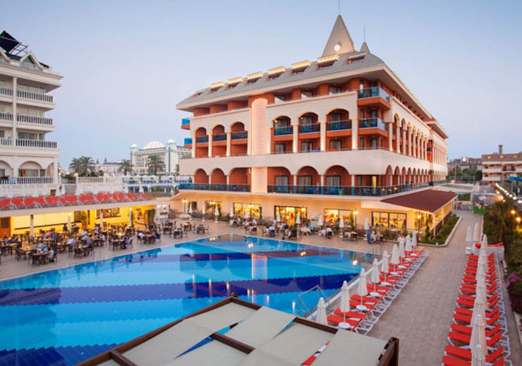 KRT PROJE TASARIM  – Orange Palace Resort & Spa:  tarz Oteller, Modern