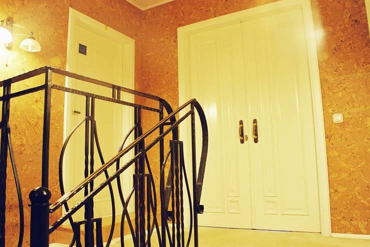 Частный дом 3: Коридор и прихожая в . Автор – Архитектор Владимир Калашников