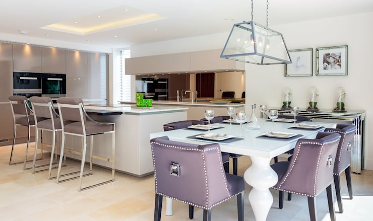 Cocinas de estilo moderno de WN Interiors of Poole in Dorset