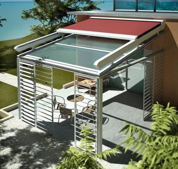 Balcones y terrazas de estilo  por SISTEMAS GAHM SL