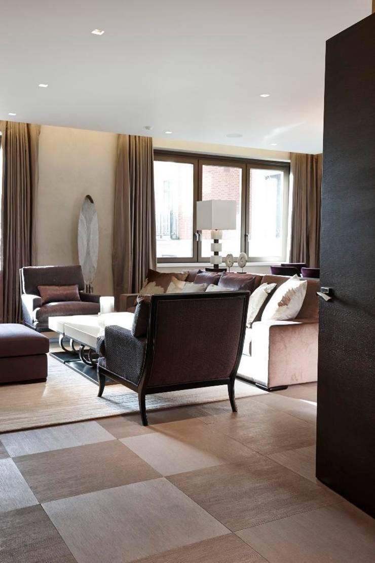 Thornwood Lodge Klassische Wohnzimmer von Keir Townsend Ltd. Klassisch