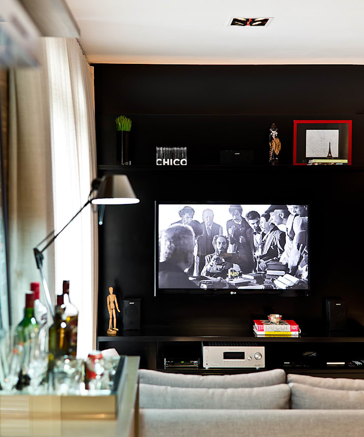 Apto – Agronômica: Sala de estar  por tcarvalho