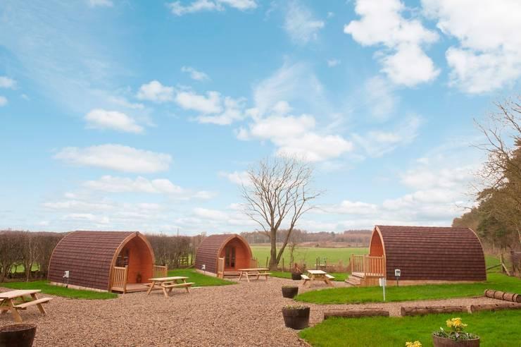 Projekty,  Hotele zaprojektowane przez Timeless Timber