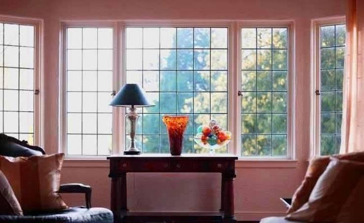 Puertas y ventanas de estilo clásico por SISTEMAS GAHM SL