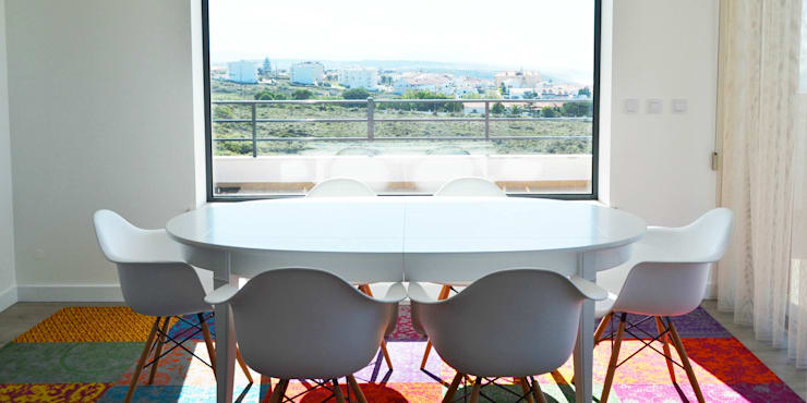 038 | Apartamento, Ericeira, Mafra: Sala de jantar  por T2 Arquitectura & Interiores