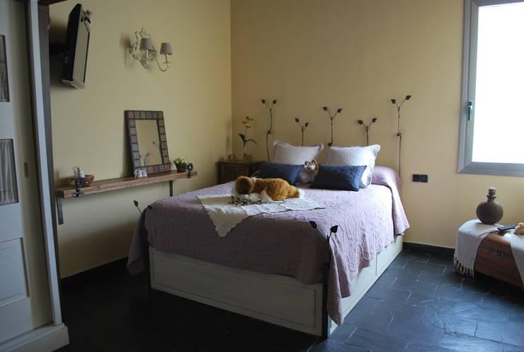Projekty,  Sypialnia zaprojektowane przez Vicente Galve Studio