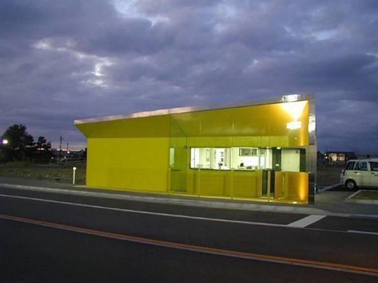 夜景: 株式会社ヨシダデザインワークショップが手掛けた家です。