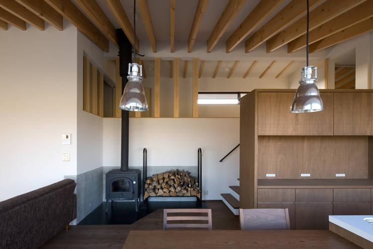 写真家の家: 濱田修建築研究所が手掛けたダイニングです。,オリジナル