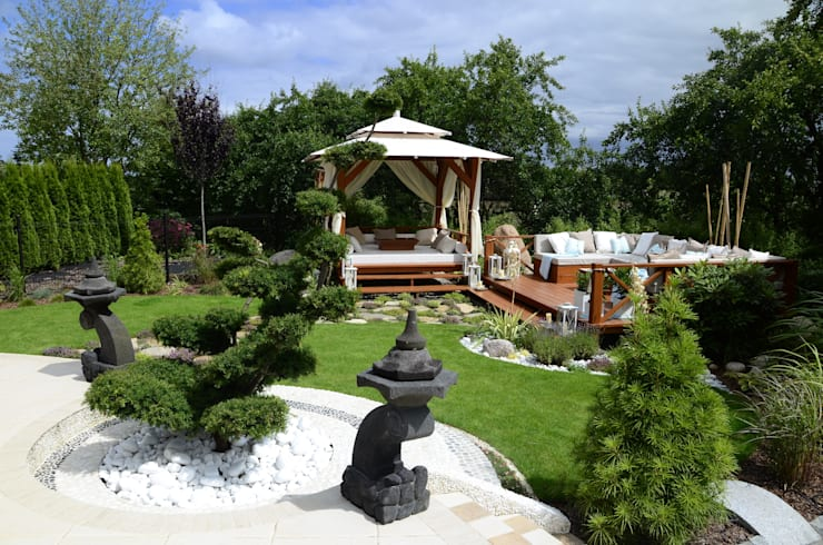 Jardines de estilo  por CAROLINE'S DESIGN