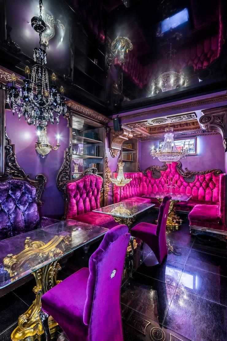 Кафе <q>Primavera</q>: Бары и клубы в . Автор – Belimov-Gushchin Andrey