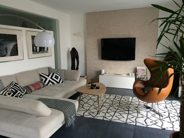 Scandinavian Living Room By Makhaya Design