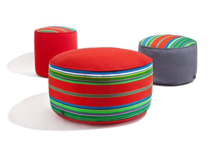 Pufy Folka.pl - kolekcja czerwona: styl , w kategorii Salon zaprojektowany przez FOLKA