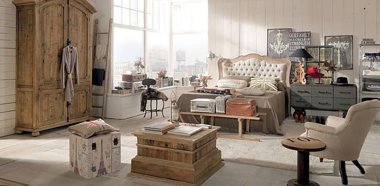 Dormitorio : Dormitorios de estilo  de Muebles Capsir
