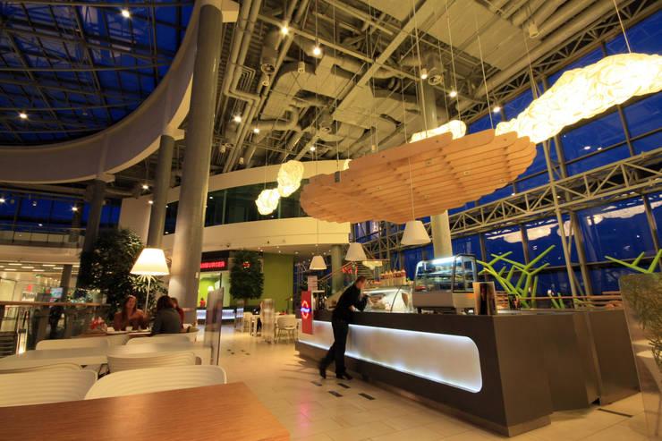 FORUM FOODCOURT: styl , w kategorii Centra handlowe zaprojektowany przez Zalewski Architecture Group,Nowoczesny