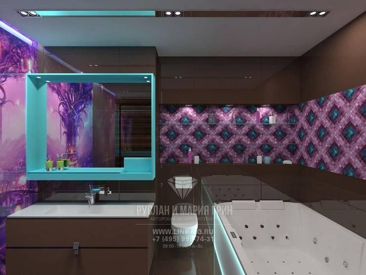 Интерьер ванной комнаты в стиле арт-деко: Ванные комнаты в . Автор – Студия дизайна интерьера Руслана и Марии Грин