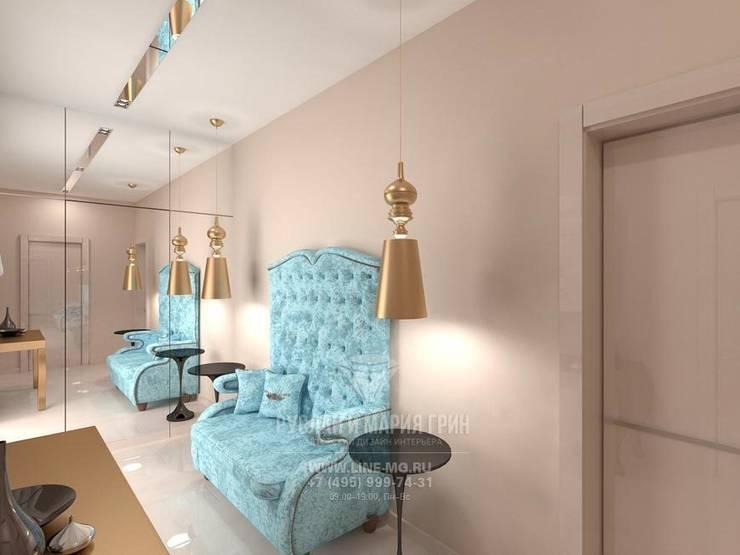 Дизайн холла в квартире: Коридор и прихожая в . Автор – Студия дизайна интерьера Руслана и Марии Грин, Модерн