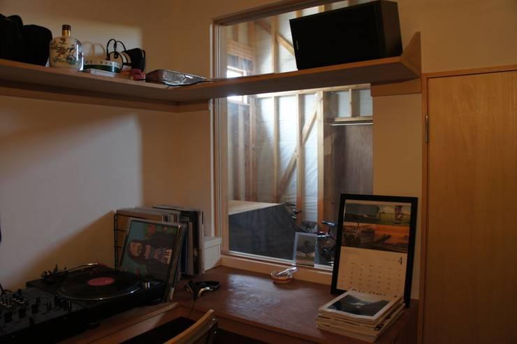 The House for ride the wave.: tai_tai STUDIOが手掛けた和室です。