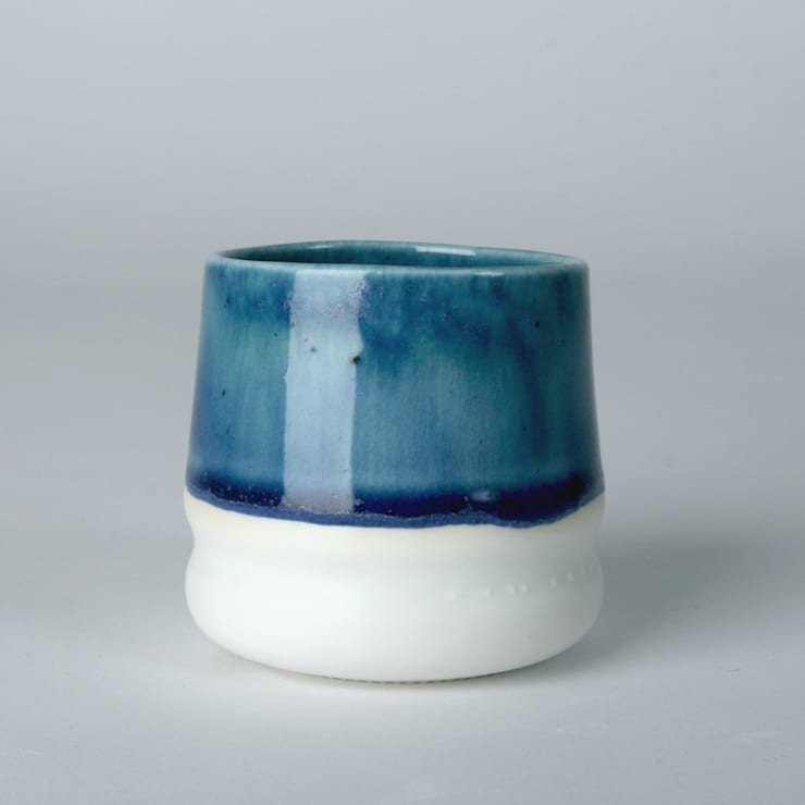 Enkel Glas #1 blauw:  Keuken door Studio Ineke van der Werff