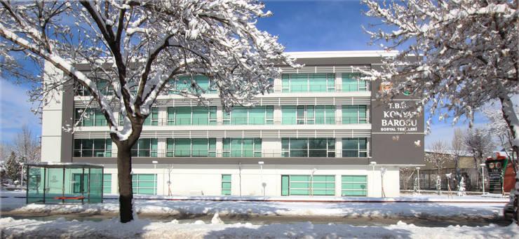 MTK Architects-Consultants – Konya Barosu İdari ve Sosyal Tesisi:  tarz Ofis Alanları, Modern