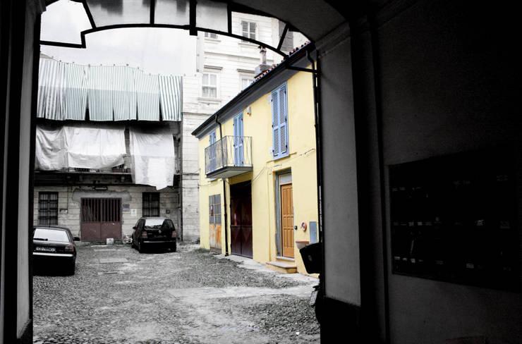 Casas de estilo clásico de Studio999