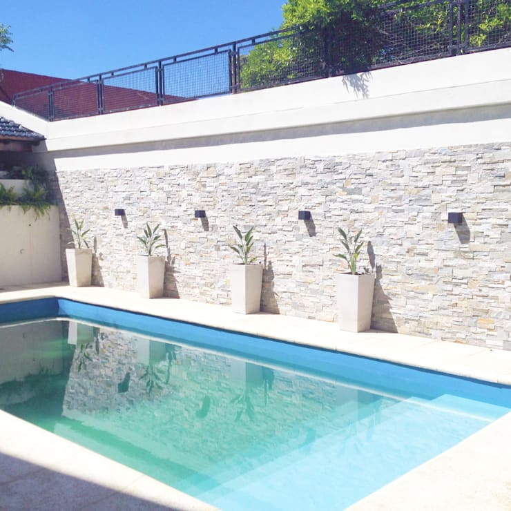 10 Ideas Sencillas Para Arreglar Un Patio Con Piscina - Decoraciones-de-piscinas