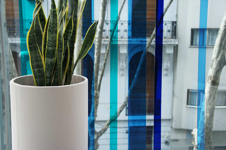 Un Balcón de Agua Balcones y terrazas modernos: Ideas, imágenes y decoración de Estudio Nicolas Pierry: Diseño en Arquitectura de Paisajes & Jardines Moderno