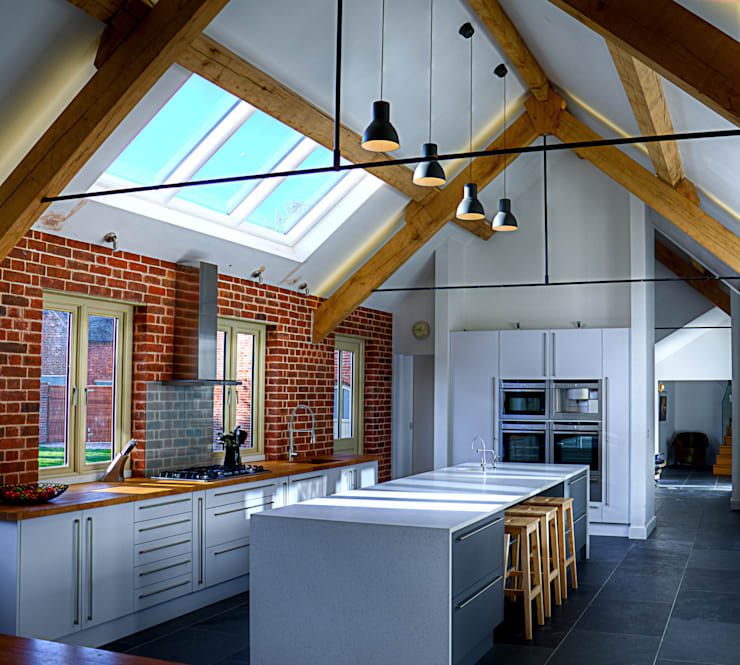 Cocinas de estilo  de Alrewas Architecture Ltd