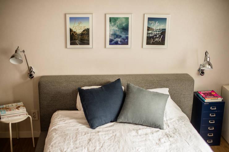 blue house_매혹적인 Blue와 집이 만나다: (주)바오미다의  침실