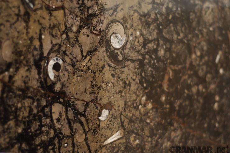 Kamień naturalny do łazienki : styl , w kategorii Łazienka zaprojektowany przez GRANMAR Borowa Góra - granit, marmur, konglomerat kwarcowy,