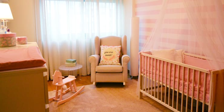 051 | Quarto bebé, Laranjeiras, Lisboa: Quartos de criança  por T2 Arquitectura & Interiores