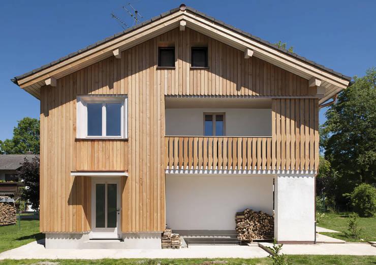 Wohnhaus Otterfing:  Häuser von gerstmeir inić architekten