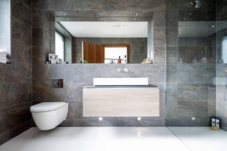Ventura: modern Bathroom by David James Architects & Partners Ltd