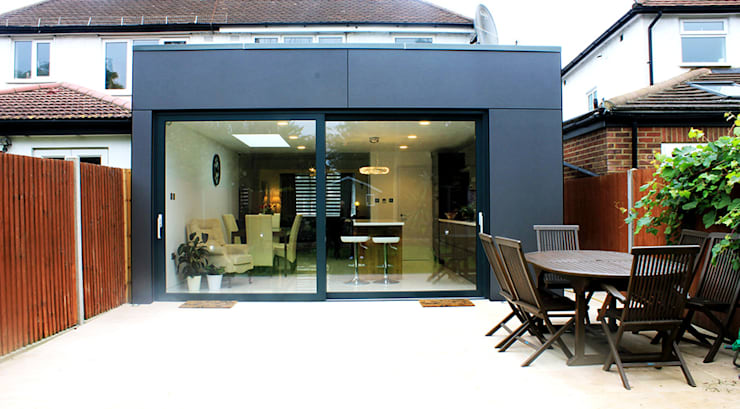 Serre door Consultant Line Architects Ltd