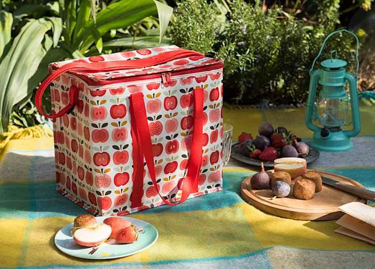 Recycled Vintage Apple Picnic Bag:  Garden  by Dotcomgiftshop