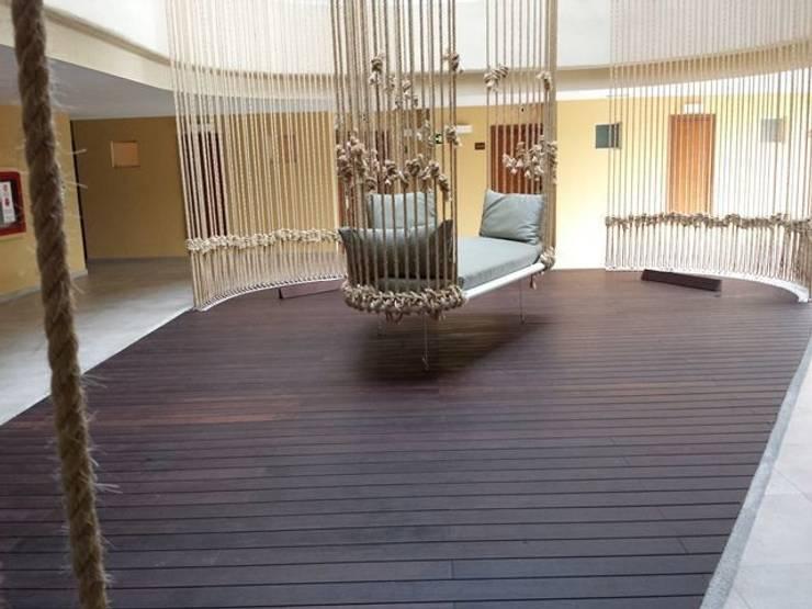 Bamboe buiten vloeren:  Hotels door Eco-Logisch, Scandinavisch