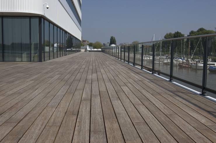 Jumbo Schiedam:  Winkelruimten door Eco-Logisch, Industrieel