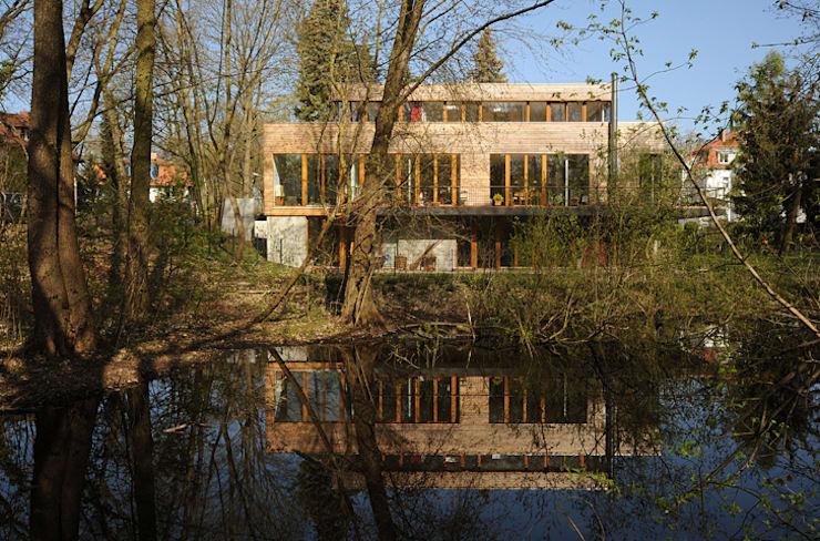 Garden by Carlos Zwick Architekten