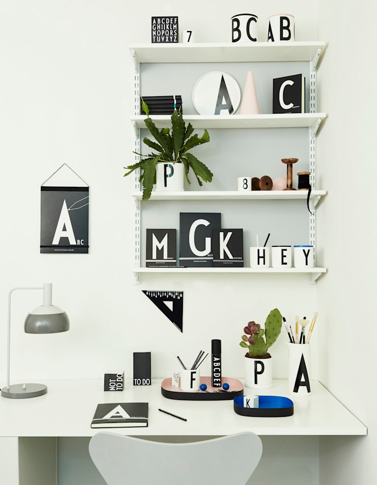 Design Letters: You have a nice style: modern  door Kleuroptafel, Modern