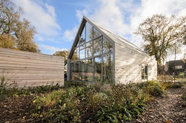 Projekty, nowoczesne Domy zaprojektowane przez Blok Kats van Veen Architecten