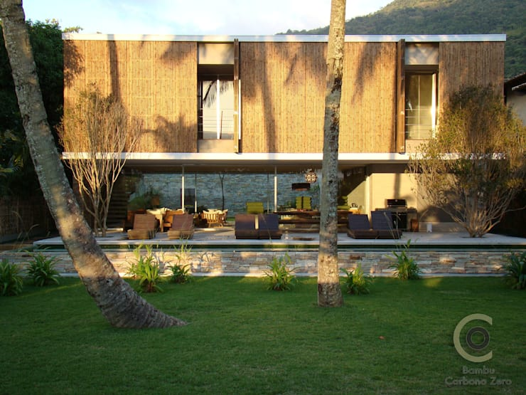 http://www.pedrovannucchi.com/mobile/: Casas  por BAMBU CARBONO ZERO
