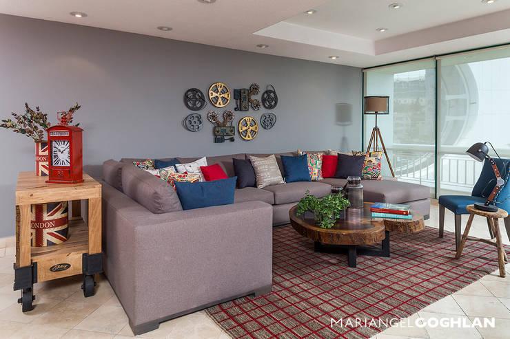 Moderne woonkamers van MARIANGEL COGHLAN Modern
