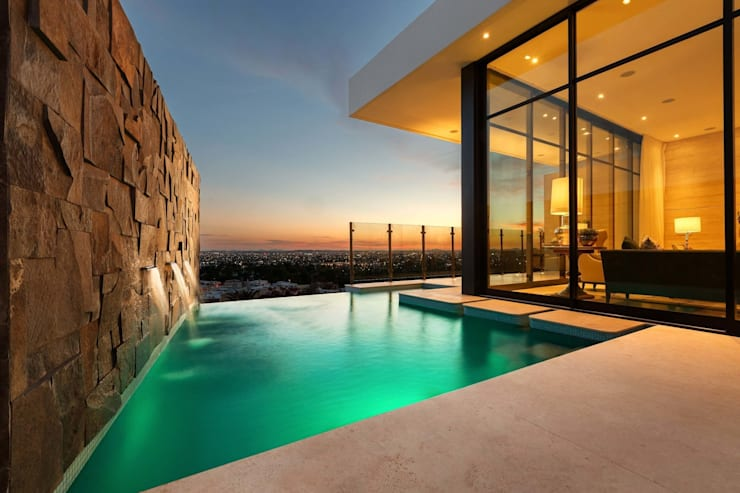 modern Pool by Imativa Arquitectos