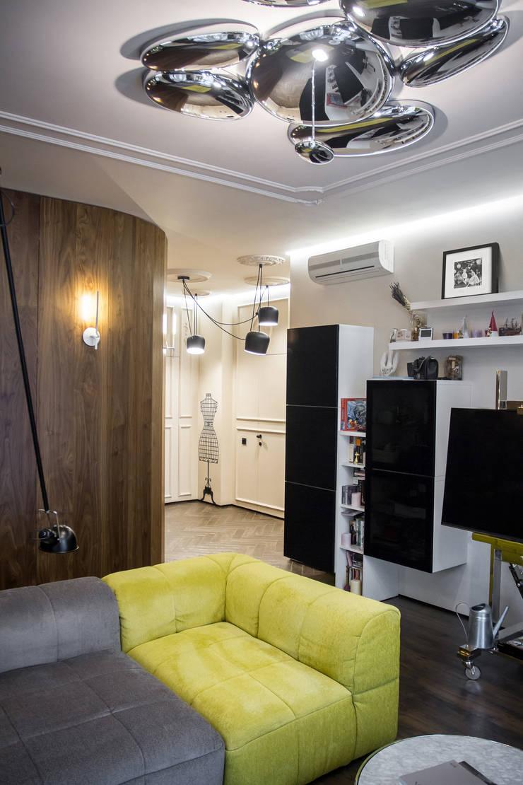 Квартира для молодоженов: Гостиная в . Автор – ToTaste.studio