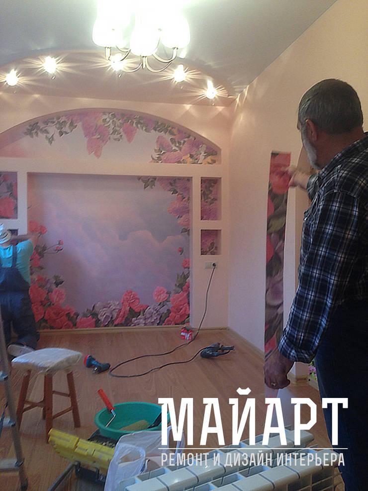 Процесс наклеивания фрески:  в . Автор – МайАрт: ремонт и дизайн помещений,