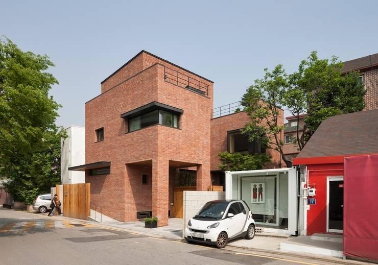 House in Hyojadong Seoul: minsoh의