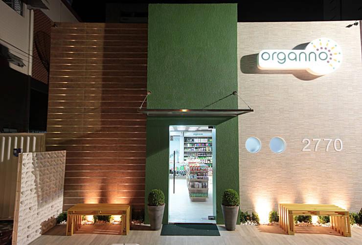 Organno - Loja produtos naturais: Espaços comerciais  por Celia Beatriz Arquitetura,Rústico