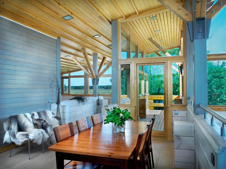 Terraços  por Woody-Holzhaus - Kontio