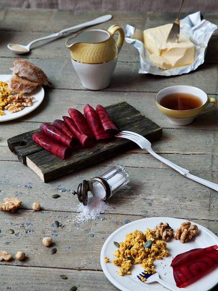 Tastemaker Zoet Vork: modern  door Studio Renee Boute, Modern