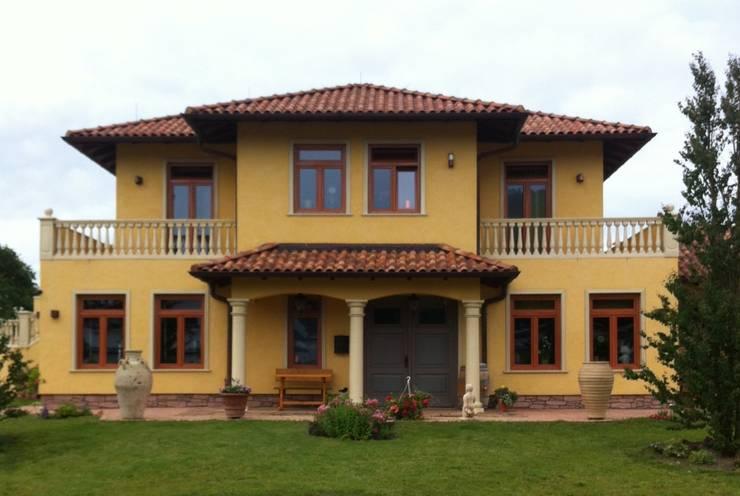 mediterranean Houses by Rita Meyer, Architektin