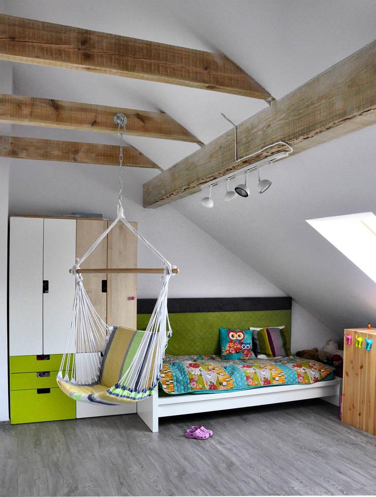 Mieszkanie dwupoziomowe w Kiełczowie: styl , w kategorii Pokój dziecięcy zaprojektowany przez Pracownia Kaffka